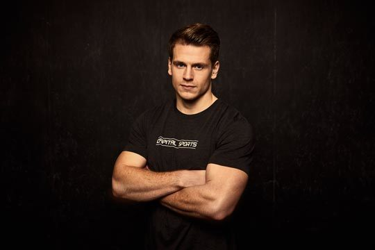 Crossfit Athlet Lars Jakobeit Testimonial für CAPITAL SPORTS