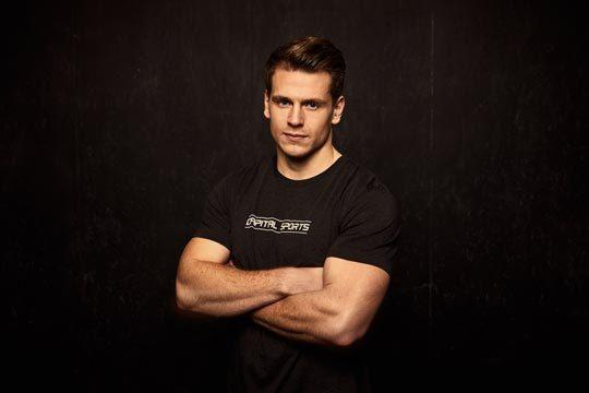 Crossfit Athlet Lars Jakobeit Testimonial für CAPITAL SPORTS