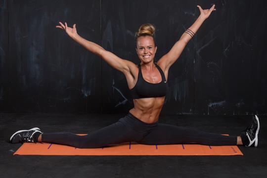 Yoga Kraftsport Expertin Janis Bär