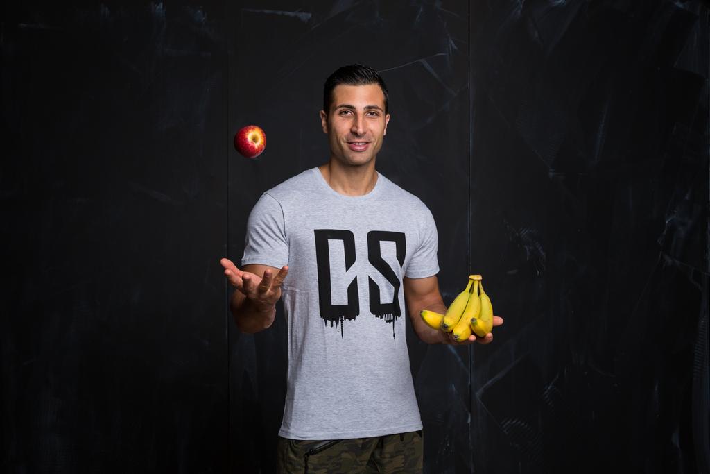 Aaron Zinou ist Personaltrainer und Ernährungscoach