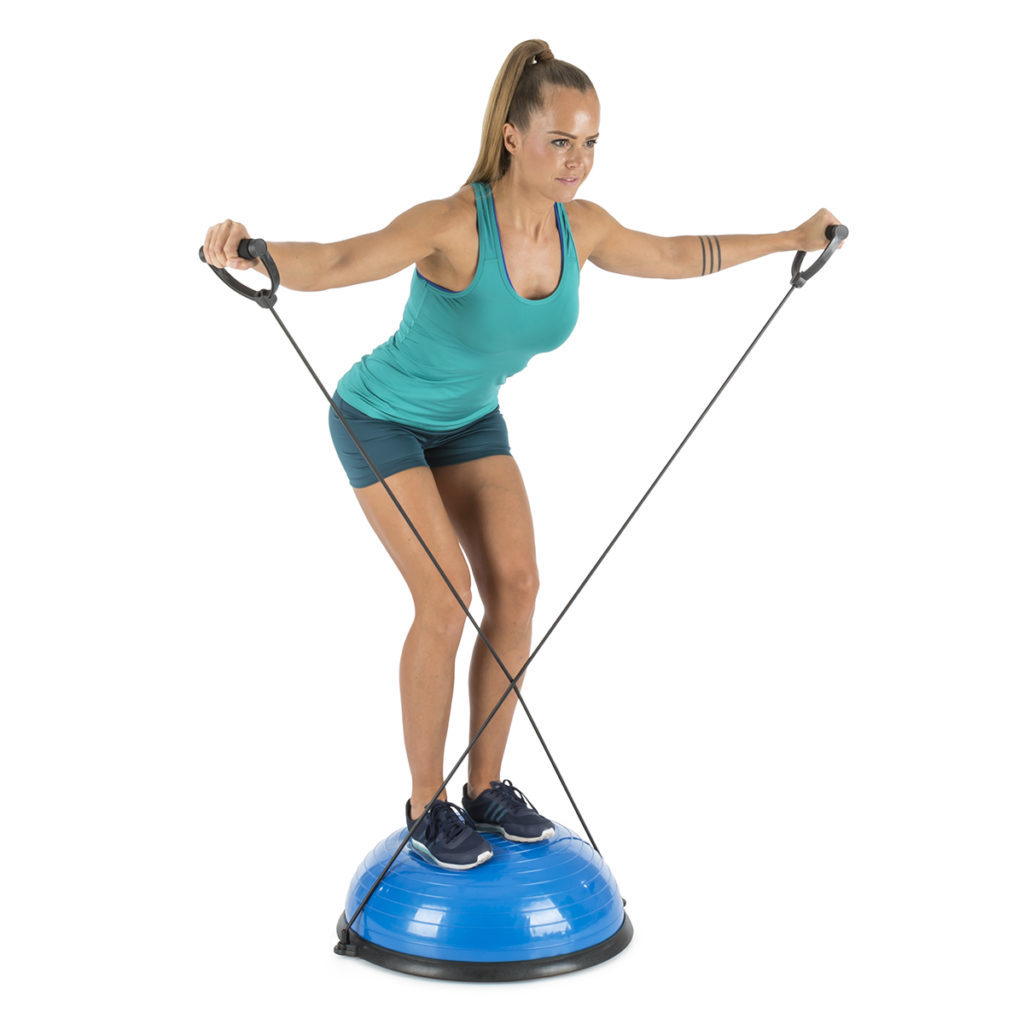 Frau auf dem Balanci Pro Balance Ball