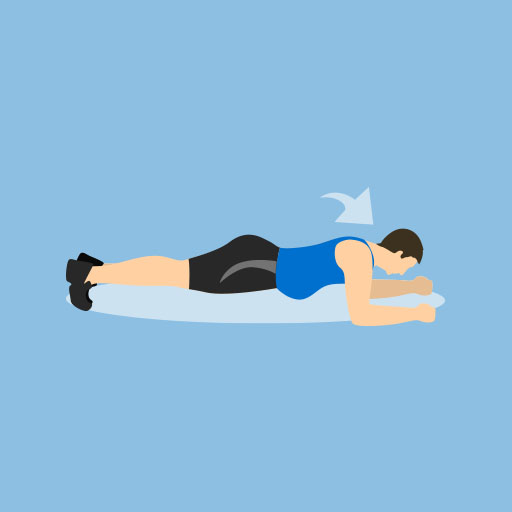 Mann macht Plank - Rückentraining
